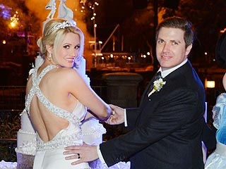 Check Out Pics From Holly Madison's Fairytale Wedding