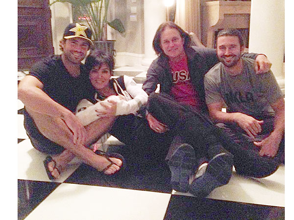 Kris Jenner Posts Photo with Bruce and His Sons Following News of Split| Brody Jenner, Bruce Jenner, Kris Jenner