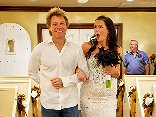 PHOTO: Jon Bon Jovi Walks Super-Fan Down the Aisle | Jon Bon Jovi