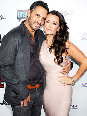 Kyle Richards: 'I Love My Husband with All My Heart'