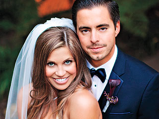 See Danielle Fishel in Her Starring Role as ... Bride!