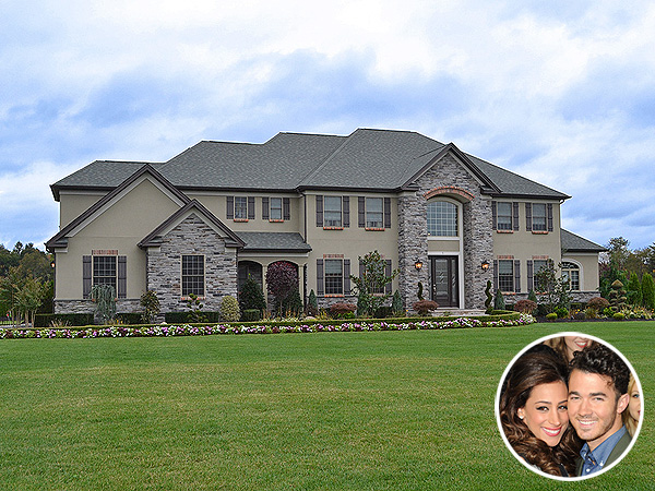 Another Jonas Change? Kevin & Danielle Selling Home for $2.2 Million | Kevin Jonas