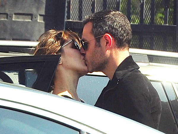 Katharine McPhee 'Didn't Mean for Anyone to Be Hurt' by Kissing Married Director
