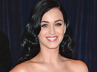 Critic: Katy Perry's Prism Takes Her Out of Comfort Zone