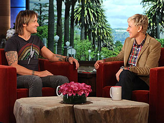 How Keith Urban Keeps in Touch With Nicole Kidman: 'Nice Sex Texting'