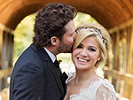 Kelly Clarkson Expecting First Child