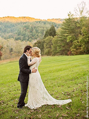 Kelly Clarkson Weds Brandon Blackstock| American Idol, Wedding, Kelly Clarkson