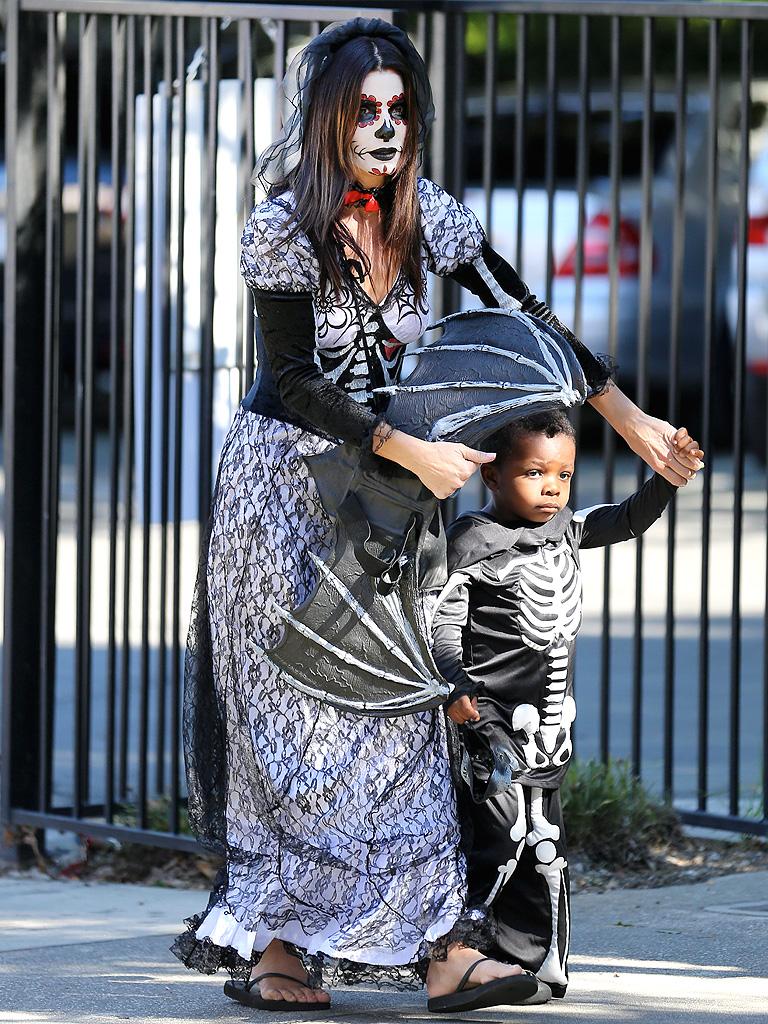 Sandra Bullock and her son  Sandra Bullock Son