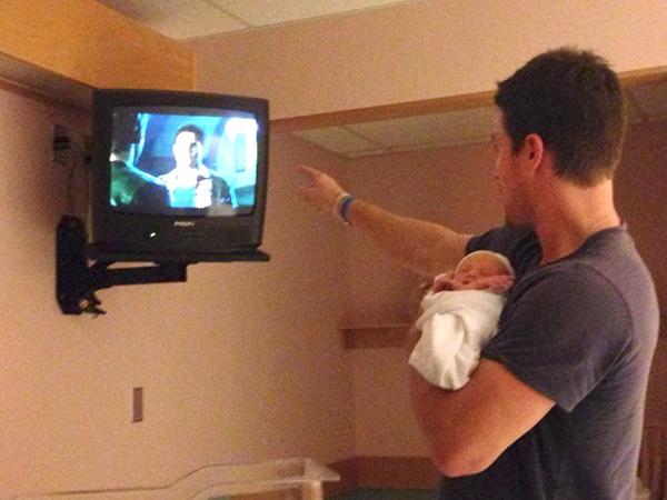 Stephen Amell Welcomes Daughter Mavi Alexandra