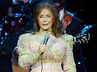 Loretta Lynn Postpones Two Shows Due to Exhaustion