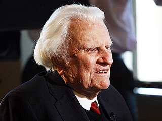 Watch Billy Graham Deliver Final Sermon at 95