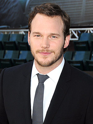 "The 38-year old son of father Dan Pratt and mother Kathleen ""Kathy"", 188 cm tall Chris Pratt in 2017 photo"
