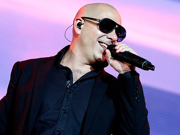 Pitbull to Host the American Music Awards