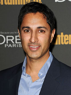 30 Rock's Maulik Pancholy Comes Out