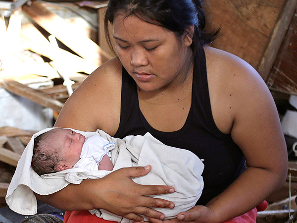 'Miracle' Baby Bea Joy Born in the Philippines| Real People Stories