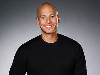 Celebrity Trainer Harley Pasternak: I'm Addicted to Pokémon Go, It's a Great Way to Get In Your Steps Each Day