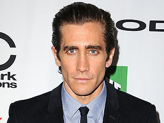 Jake Gyllenhaal Briefly Hospitalized After Punching Mirror on Set