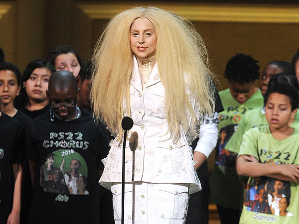 Lady Gaga: I'm 'Too Beautiful' on Magazine Cover