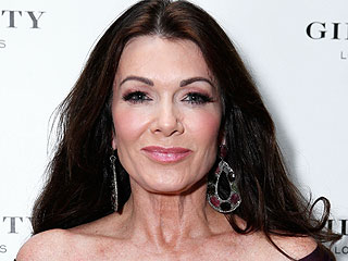 Real Housewives of Beverly Hills: Does Lisa Vanderpump Fake It?