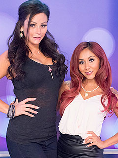 VIDEO: Watch Snooki and JWoww 'Freak Out' Over Wedding Dresses