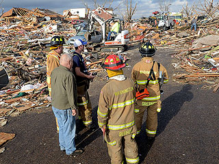 Severe Storms Sweep Midwest, Killing 6
