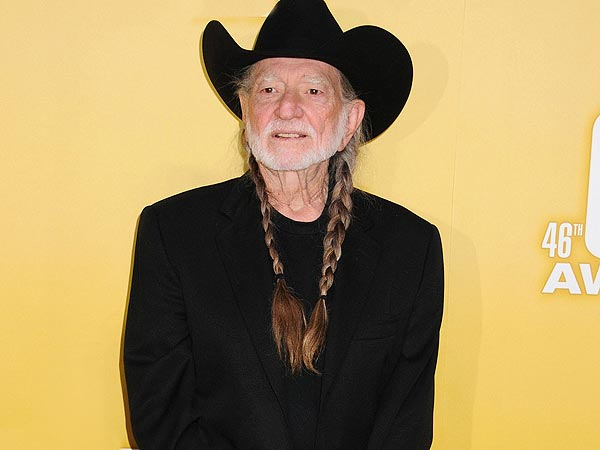 Willie Nelson Band Members Injured in Tour Bus Crash