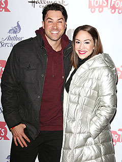 Newlyweds Ace Young & Diana DeGarmo Begin Their Own Holiday Traditions