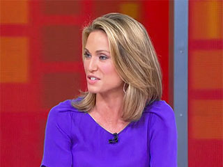 Amy Robach Returns to GMA Three Weeks After Cancer Surgery