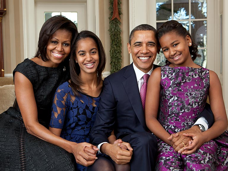 Obama with daughters Malia Obama Daughters 2014