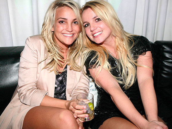 Britney Spears and Jamie Lynn Spears Bond Over Wine in New Duet
