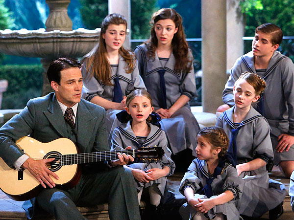 The Sound of Music Live! Recap: There Will Be Yodeling| Television, The Sound of Music, Carrie Underwood