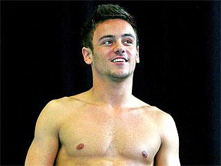 Olympic Diver Tom Daley Reveals Happy Relationship with a Man