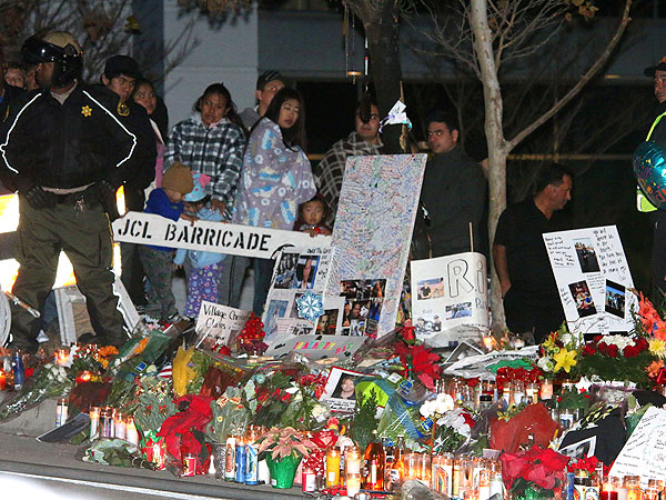 Paul Walker's Friends and Family Hold Memorial at Crash Site| Death, Tributes, Fast & Furious, The Fast and the Furious, The Fast and the Furious: Tokyo Drift, Paul Walker, Vin Diesel