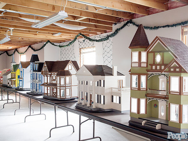 Retiree Earl Hurshman Makes Dollhouses for Disadvantaged Kids| Heroes Among Us, Good Deeds, Real People Stories, Real Heroes
