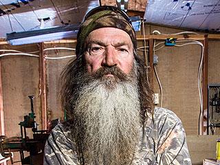 Duck Dynasty's Phil Robertson: Gov. Bobby Jindal, Sarah Palin & More Speak Out