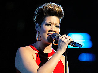 The Voice Crowns Tessanne Chin the Winner of Season 5