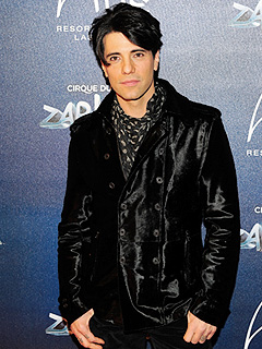 Criss Angel Offers $5K Reward to Conjure Up His Stolen Dog | Criss Angel