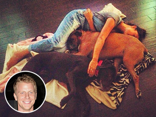 PHOTO: Sean Lowe's 'Tired Girls' Take a Nap on the Floor | Sean Lowe