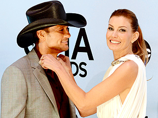 Country Love: The Cutest CMAs Couples