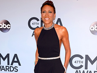 Robin Roberts Steps Out at CMAs in Sexy Red Carpet Ensemble | Robin Roberts