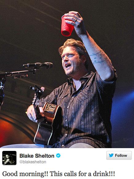 KEY WORD: DRINK photo | Blake Shelton