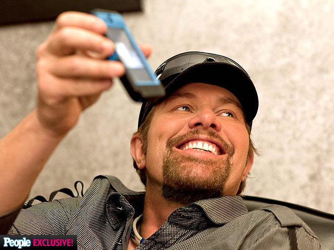 TOBY KEITH photo | Toby Keith