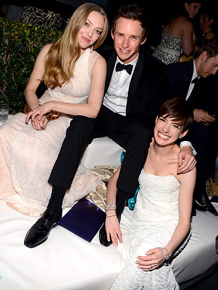 IN THE HOT SEAT photo | Amanda Seyfried, Anne Hathaway, Eddie Redmayne
