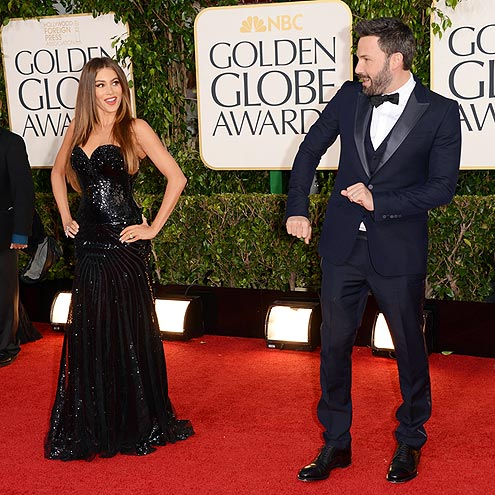 POSE OFF photo | Ben Affleck, Sofia Vergara