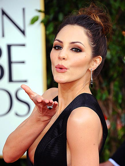 POUTY POSE photo | Katharine McPhee