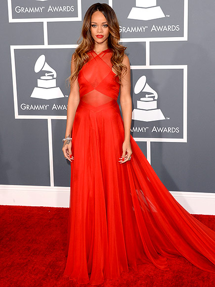 RIHANNA AT THE GRAMMYS photo | Rihanna