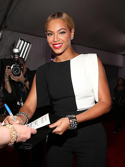 SIGNING BONUS photo | Beyonce Knowles