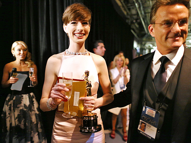 TOAST OF THE TOWN photo | Anne Hathaway