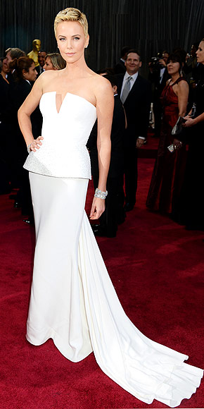 CHARLIZE THERON AT THE OSCARS photo | Charlize Theron