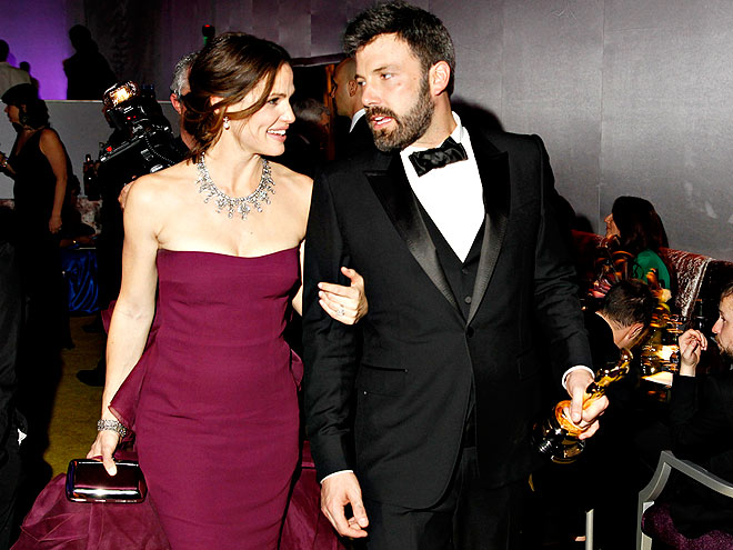 WALK THE WALK  photo | Ben Affleck, Jennifer Garner